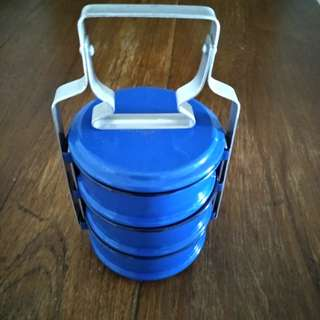 Vintage  small  tiffin