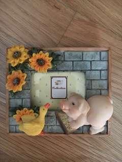 Cute pig mini photo frame