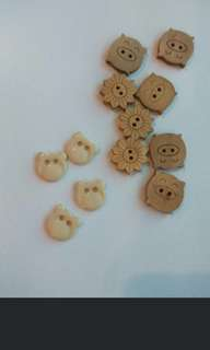 Wooden DiY buttons