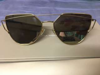 Gentle Monster sunglasses (原價$2380)有單據,剛買