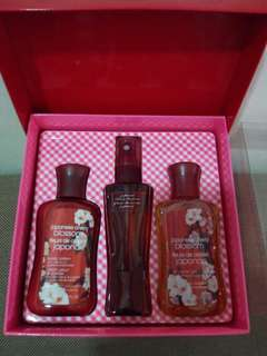 REPRICED: Bath and Body Works set  (japanese cherry blossom) 88 ml