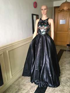 Black gown for rent only
