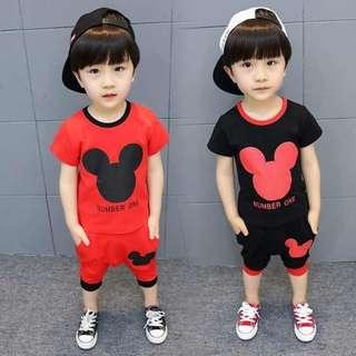 🚚 👦韓版卡通印花套裝👦$490👦 👦#尺寸:7(90).9(100).11(110).13(120).15(130). 👦#顏色:黑色.紅色. 👦#材質:棉料 👦#( )內為對應身高. 身型較肉一點,請選大一碼