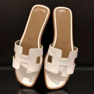 Hermes 白色平底涼鞋 size:38