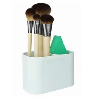 EcoTools, Airbrush Complexion Kit, 4 Brushes, 1 Make Up Wedge, 1 Storage Cup