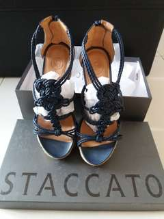Preloved Staccato wedges shoes