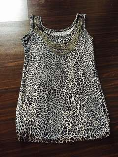 Sexy Casual Leopard Print blouse with neck details