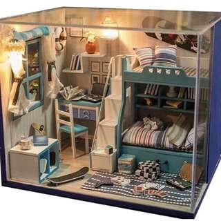 Miniature room - Blue bedroom