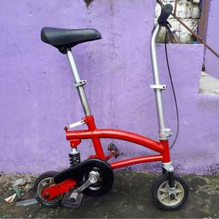 JAPAN MINI BIKE (FREE DELIVERY AND NEGOTIABLE!) not folding bike