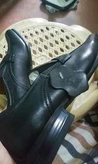 Gibi black shoes size 7