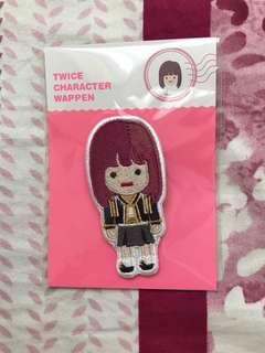 Twice Momo 布襟章 pin