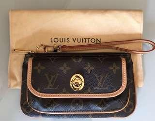 Authentic (New) Louis Vuitton Wristlet