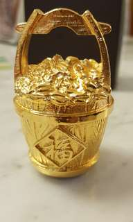 Risis gold bucket