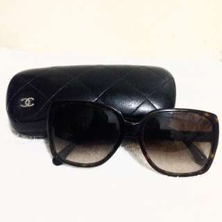 Preloved Authentic Chanel Sunglasses