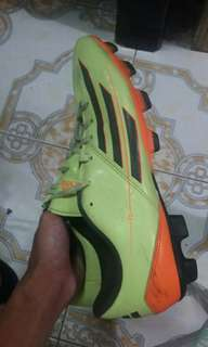 REPRICED!! ADIDAS GTX F5 // PRICE IS NEGOTIABLE