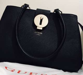 Brand new Guess bag $100