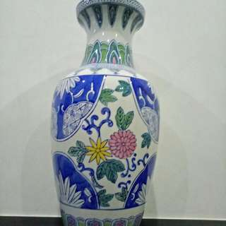 Ancient Chinese Big Vase Holder