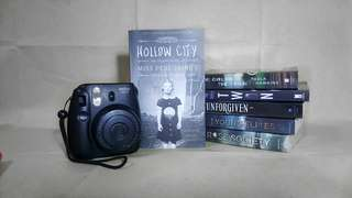 Miss Peregerine's Peculiar Children: Hollow City (book 2) by Ransom Riggs