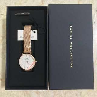 🚚 [Sale!] Daniel Wellington Classic Petite Mesh Watch