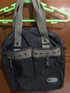 Human Shoulder bag