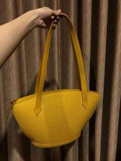 Preloved LV vintage hand bag epi leather
