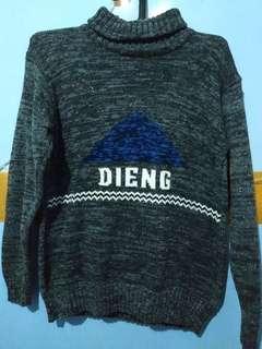 Sweater Dieng