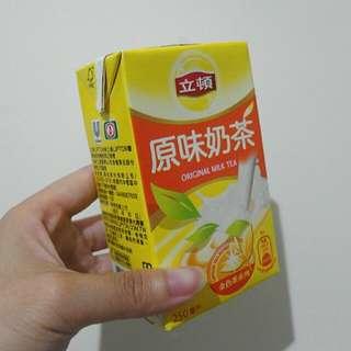 🚚 黑松立頓原味奶茶-250ml