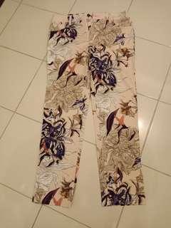 (Preloved) Celana Cewek Merek Minimal
