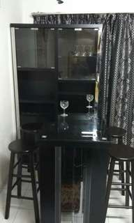 Mini Bar Table with 4 high chairs