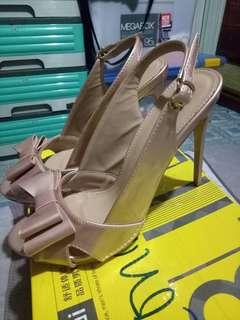 Parisian Shoe