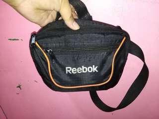 REEBOK sling bag