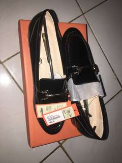 Shoopen shoes