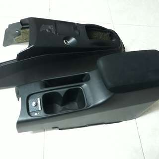 Console gear armrest mitsubishi lancer gsr cedia gdi evo evo7 evo8 evo9 evolution proton wira waja gen 2 putra persona good condition all black halfcut condition