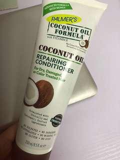 Coconut oil conditioner