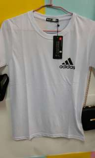🚚 T恤白色 size S  adidas  短袖