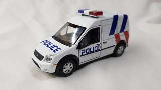 1:43 Ford Transit Connect in new SPF Livery