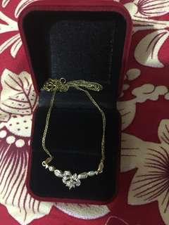 Necklace with real diamonds