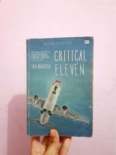 Critical Eleven - Ika Natassa (old cover, no plastic cover)
