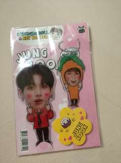 JUNGKOOK KEY HOLDER AND STANDING DOLL