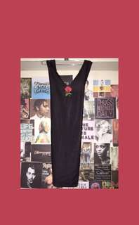 Side boob dress in black