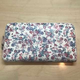 Stradivarius Floral Wallet