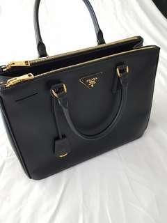 Prada Saffiano Lux Tote Bag Medium (Like new)