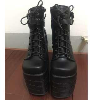 16公分增高厚底鞋(尺寸23.5)