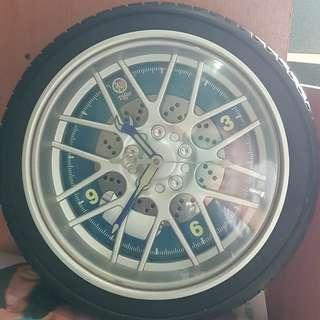 Unique tyre clock