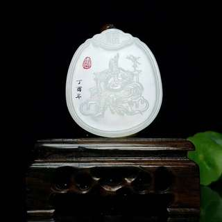 [zhongyi thousand autumn] and field white jade old pit Russian materials guan gong brand!