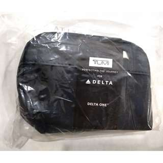 Tumi Delta Business Class Amenity Toiletry Overnight Kit Free Postage
