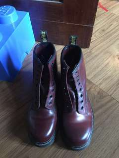 Docmart 1460 smooth