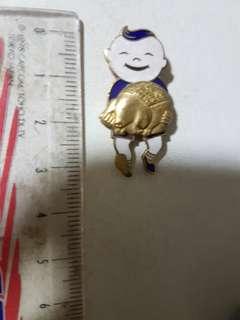 Vintage Chung Khiaw Bank pin Badge