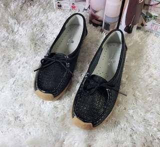 Sanuk leather shoes