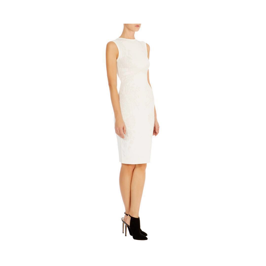 5a60995475 Authentic Geometric Jacquard Karen Millen Sleeveless Off White Knit ...
